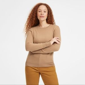 Everlane Cashmere Sweater in Camel